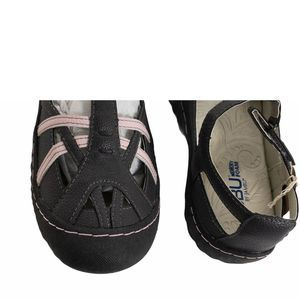Jambu Shoes - Jambu Gray Pink Dune T-Strap Flats Sandals  8 1/2